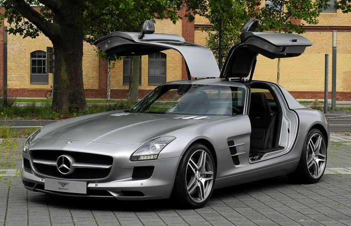 photo of Mercedes 300 SL Gullwing Coupe
